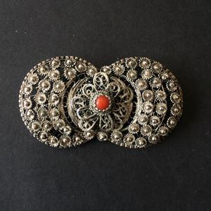 8116欧洲回流银花丝镶嵌珊瑚胸针
