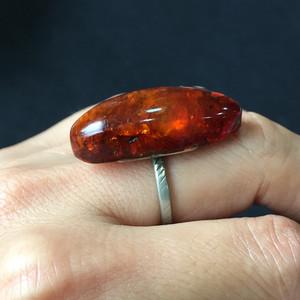 8132欧洲回流老琥珀戒指
