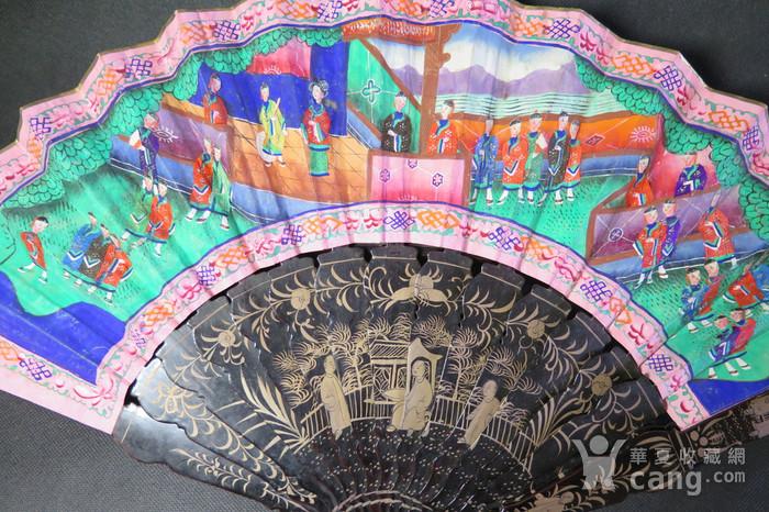 清代十三行彩绘描金人物黑漆扇图4