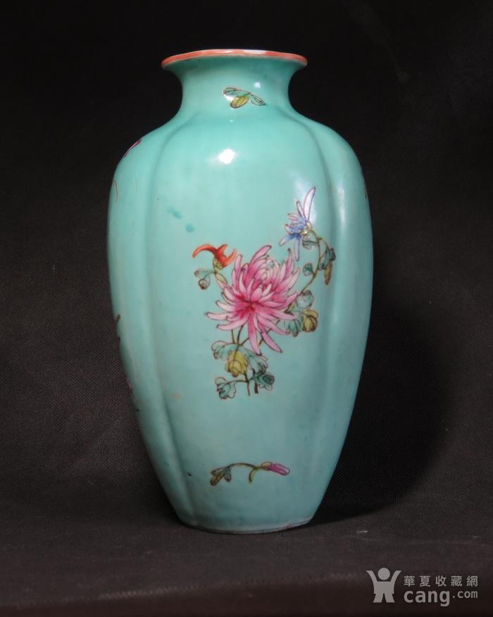 民国花开富贵绿釉海棠瓶图3