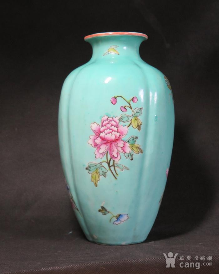 民国花开富贵绿釉海棠瓶图7