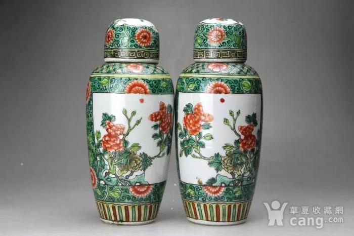 清光绪五彩花卉纹萝卜盖罐一对图2