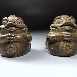 日本回流 百年老铜金蟾镇纸一对