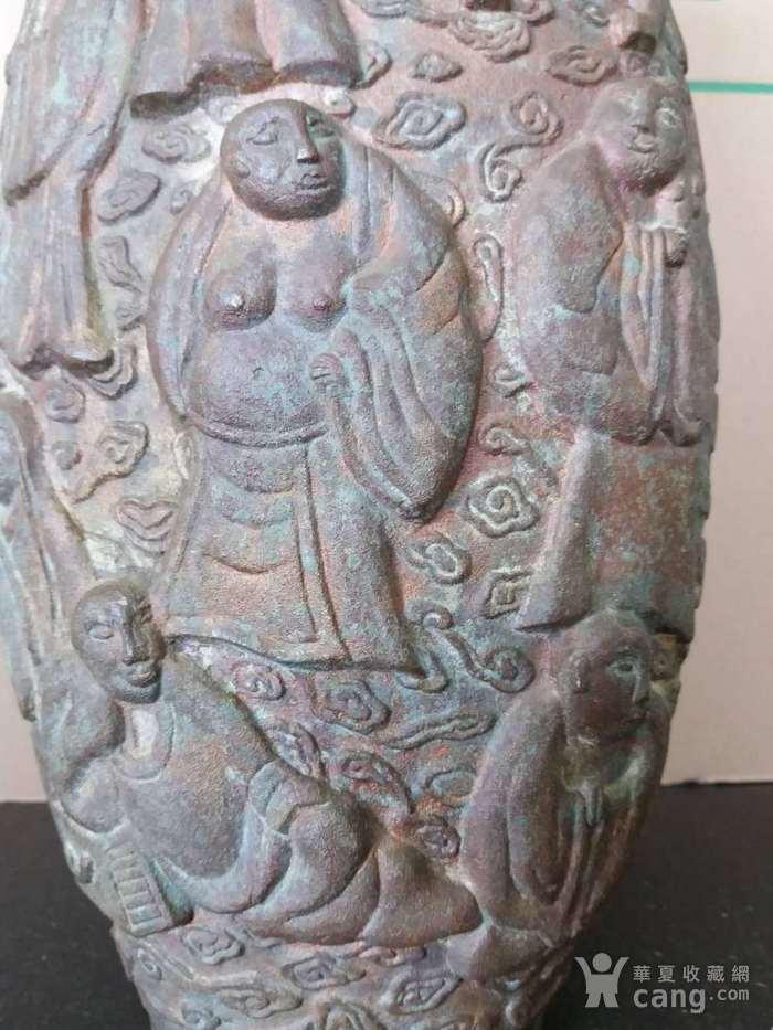 清代十八罗汉铜橄榄瓶图8