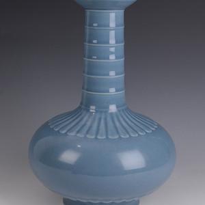 欧洲回流天蓝釉荸荠瓶