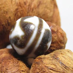 藏传 玛瑙山水珠 包浆熟厚