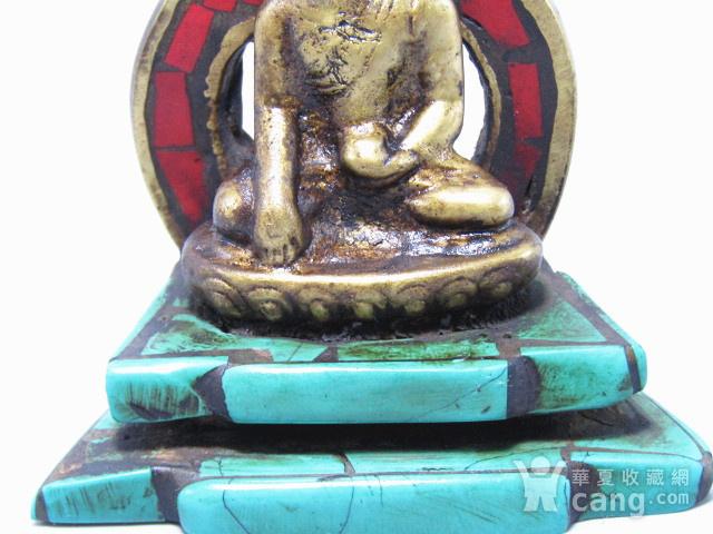 藏传老铜 手工斩刻绿松石珊瑚镶嵌 藏佛 包浆老厚 工艺细致图11