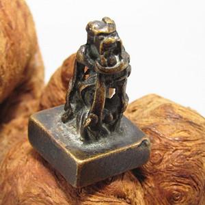 唐老铜打造手工斩刻 虎钮 印章 风化清晰