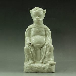 30清晚白釉猴神塑像