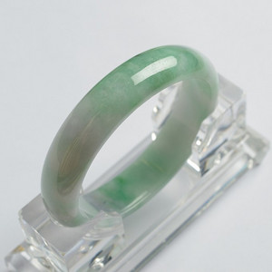 翠绿贵妃翡翠手镯 56mm  25P60 2