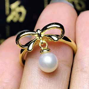 私人订制孤品!强光正圆天然淡水珍珠漂亮白珍珠蝴蝶结戒指!
