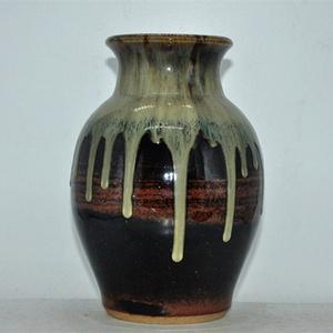 海外回流!日本窑变釉长谷川瓷瓶!漂亮有款!