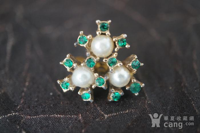 珍珠绿钻别针图1