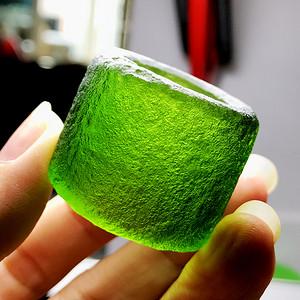 天外来物!捷克陨石天然高绿完美全通透玻璃体满绿原石大扳指戒指