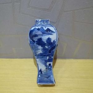 清代早期四方山水小瓶