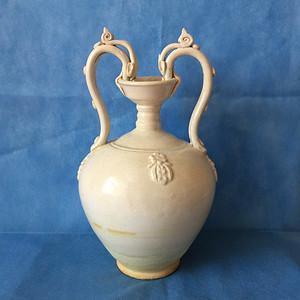 139 青白瓷白釉双龙耳瓶  高31cm   200 500