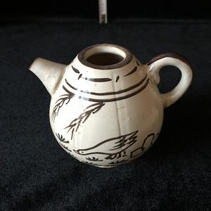 206 吉州窑黑彩鹅纹小执壶壶