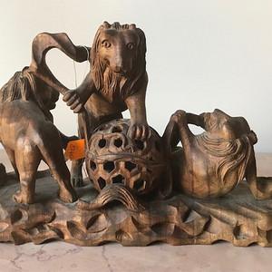 7019 老木雕 三狮