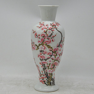 70 80年代粉彩瓷瓶