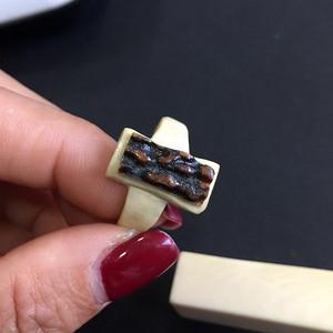 8079欧洲回流天然鹿角雕刻戒指