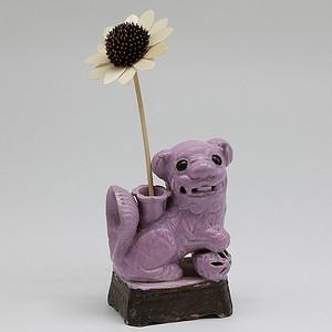 清晚期 藕粉地狮子绣球花插