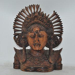 木雕女神头像