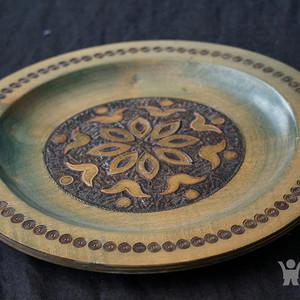 欧洲精美嵌铜雕刻大木盘