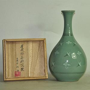 韩国烧制芸林瓷瓶