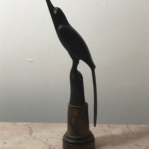 7032 鸟角雕