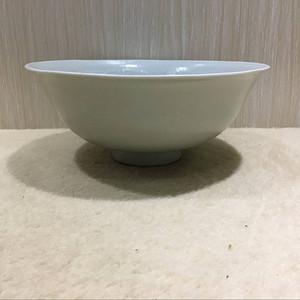 海外回流白釉雕刻碗