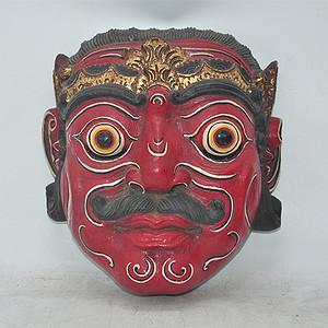 大几十年的木雕面具