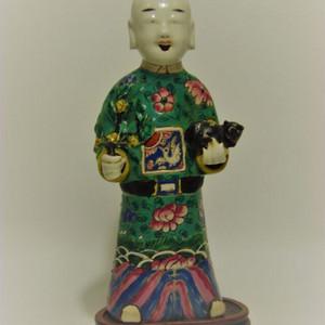 乾隆人物瓷造像