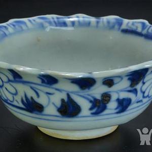 明早期青花鱼藻纹小碗