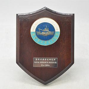 海军军事学术研究所徽章桌摆