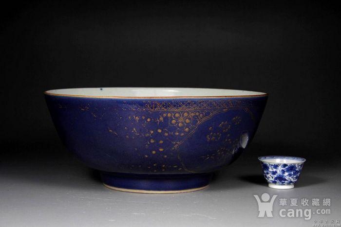 清雍正霁蓝描金大碗图1