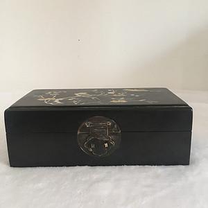 紫檀镶嵌贝鱼珠宝盒