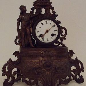 法国十九世纪晚期壁炉钟