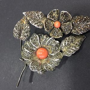 8057欧洲回流老银铁矿石嵌珊瑚胸针