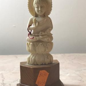 7009 释迦摩尼像