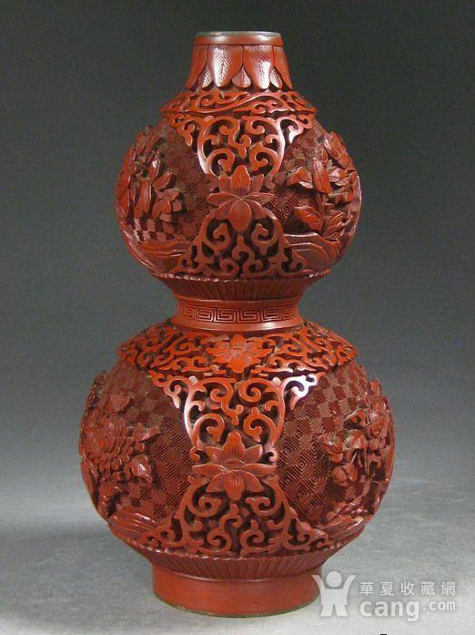 精美剔红花卉纹葫芦瓶图1