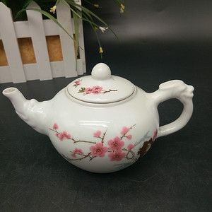 水点桃花茶壶
