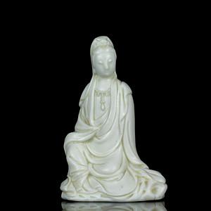 35清德化窑白釉观音座像