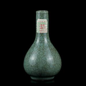 58明代仿官釉胆瓶