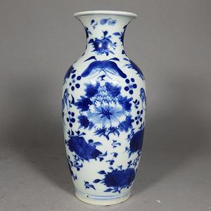 清代青花花鸟绘画赏瓶