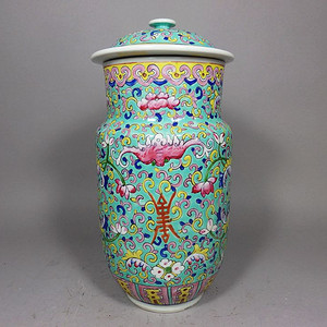 清代绿地粉彩福寿绘画壮罐
