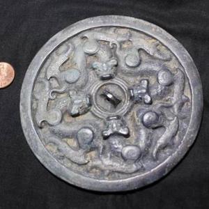 宋元时期螭虎纹铜镜