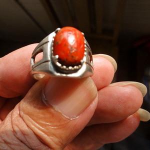 清代红珊瑚戒指1