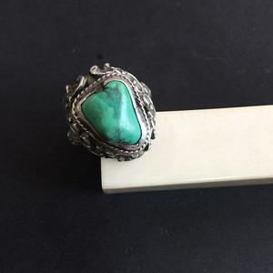8102欧洲回流老银镶嵌随形绿松石戒指
