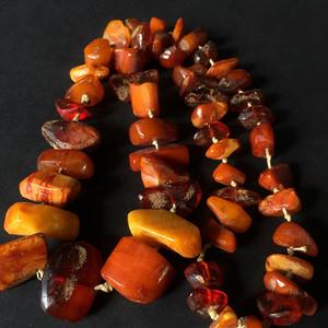 8103欧洲回流原矿枣红老蜜随形毛衣链
