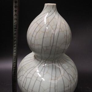 哥窑葫芦瓶
